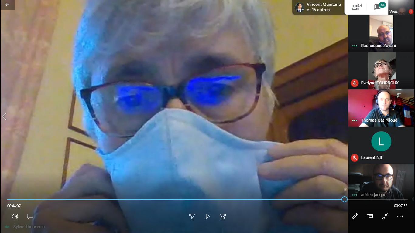 Coronavirus : une visioconférence sur les masques de protection